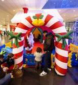 Etnapolis: tante famiglie... sotto l'albero di Natale