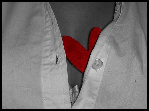 Cos'è l'infarto del miocardio: i sintomi, le cause e le cure immediate da prestare
