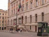 """Elezioni, la carica delle donne in Lombardia: nelle liste """"quote rosa"""" al 33 per cento"""