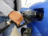 E' allarme aumento prezzo carburanti dopo record nel 2012 (+14,2%)