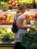 Commercio: nel 2012 segno meno per le vendite alimentari, si salva solo la spesa al discount