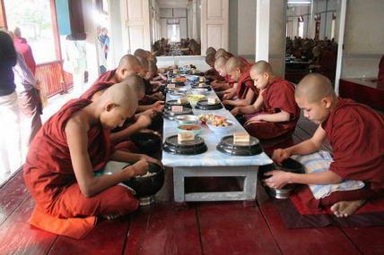 La dieta dei monaci buddisti, come funziona e qual è il menu consigliato