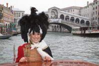 Francesca Piccinini pronta ad interpretare l'Aquila del Carnevale di Venezia 2013