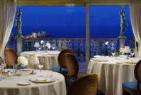 """""""Napoli Romance"""" è il tema scelto per San Valentino dal Grand Hotel Parker's"""
