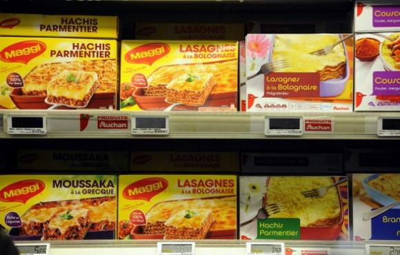 Carne di cavallo negli hamburger: lo scandalo si allarga dal Regno Unito a Irlanda e Spagna