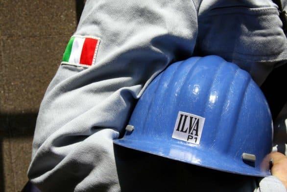 Ilva non rispetta l'Aia e continua ad inquinare: lo denuncia l'Arpa Puglia
