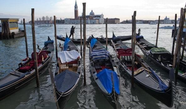A Venezia una domenica senza barche a motore