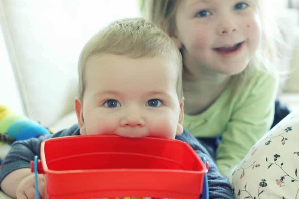L'Ambra per Aiutare la Dentizione del Bambino - BioNotizie.com
