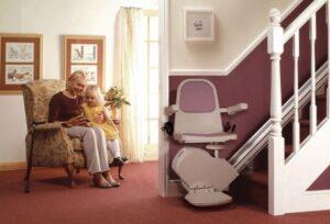 Montascale, ancora di salvezza per anziani e disabili