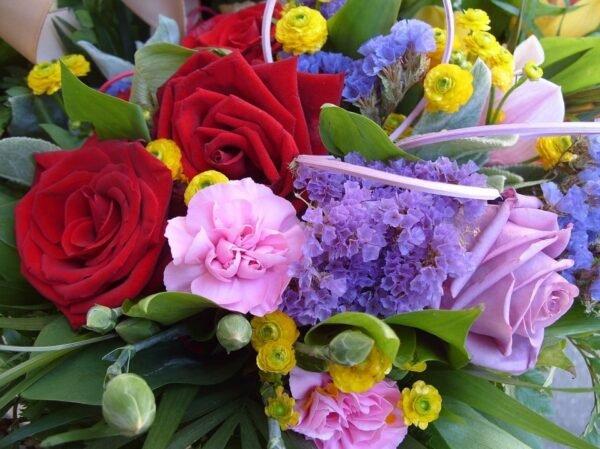 Il mazzo di fiori giusto per ogni occasione: come sceglierlo? - BioNotizie.com