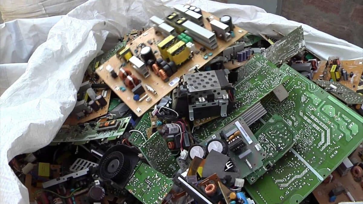 PortaleRifutiSpeciali | Spingere il riciclaggio dei RAEE ha i suoi vantaggi - BioNotizie.com