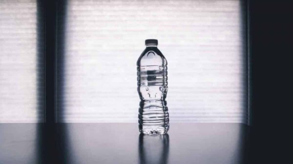 Water Filters vs. Bottled Water - Thinking Environmental Friendliness