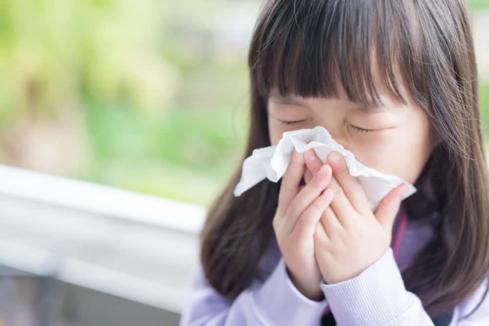 bambina-raffreddore